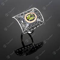 Серебряное кольцо с хризолитом и фианитами. Артикул П-328