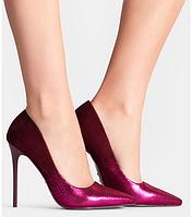 Женские эффектные замшевые туфли на каблуке