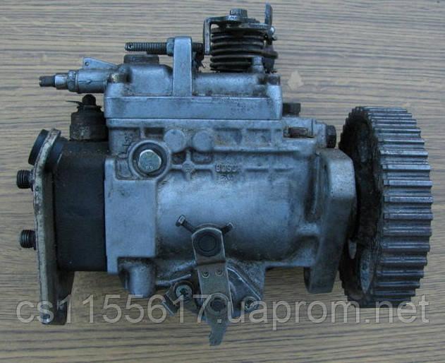 Топливный насос высокого давления (тнвд) Bosch 0460494131 б/у 1.6TD на Audi 80; VW: Golf 2, Jetta, Passat, T3
