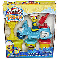 Полицейский мотоцикл - набор с пластилином Play-Doh Town