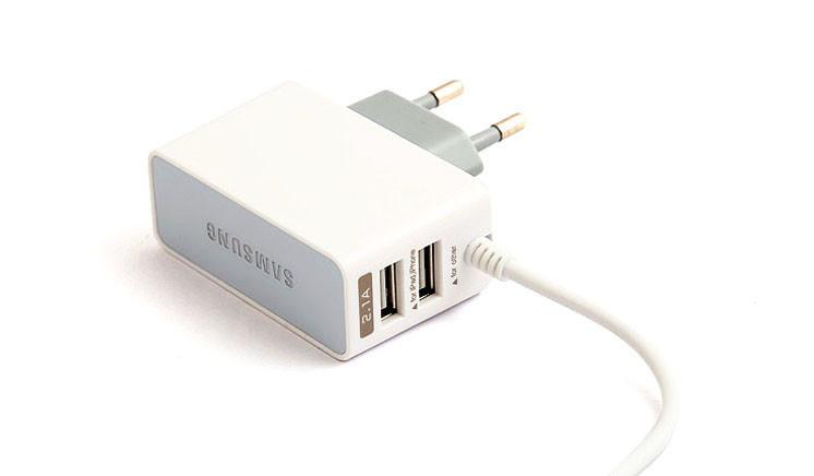"""Сетевое зарядное устройство """" Samsung """" с двумя USB выходами + кабель 2,1 А компакт (пакет)"""