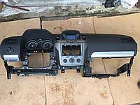 Торпедо (панель) Opel Zafira B