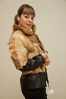 Модная куртка из меха волка