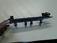 Распределитель топлива,Топливная рейка, планка с  форсунками двигателя 1,6  BFQ 06A 133 317A , (рампа), фото 1