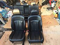 Кожаные сиденья Lexus IS