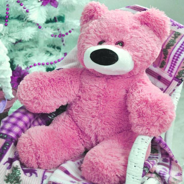 Плюшевый мишка розовый