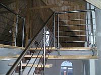 Лестница 3 с перилами из нержавейки