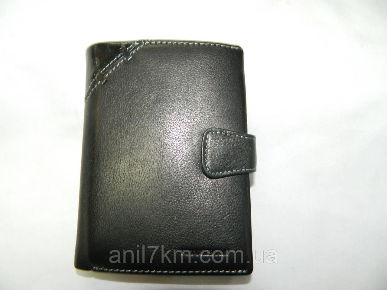 Чоловічий шкіряний гаманець-портмоне для грошей і документів фірми FUTUREBORN
