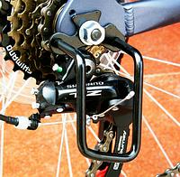 Велосипедная стальная защита заднего переключателя скоростей (защита перекидки)