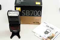 Фотоспалах Nikon SB-700