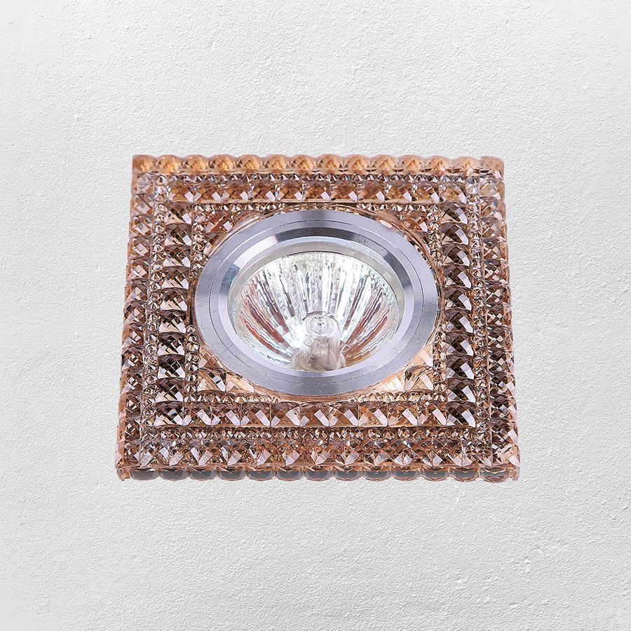 Точечный врезной светильник (модель 05-А82)