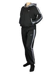 Спортивный костюм с капюшоном