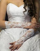 Свадебные перчатки до локтя (15-312) белые