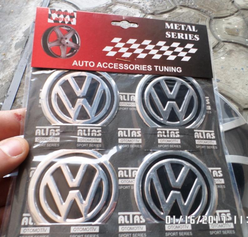 Наклейка емблема WOLKSWAGEN на колісний диск / ковпак d 60 мм