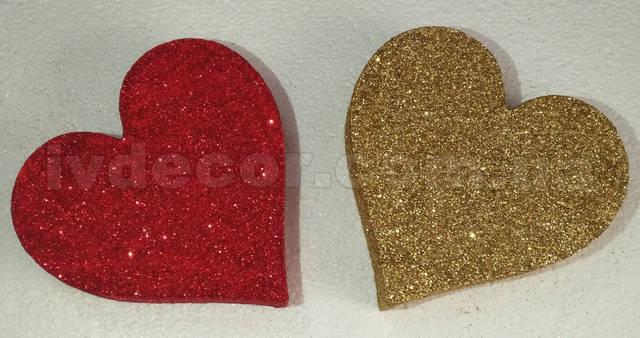 Сердце из пенопласта H01 покрытое глиттером красного и золотого цвета.