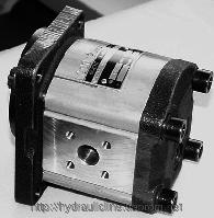 Мобильный шестеренный насос высокого давления KM1 KRACHT