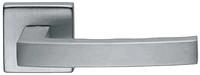 Дверная ручка на квадратной розетке GRIP 02 851/14-ZCS матовый хром DND