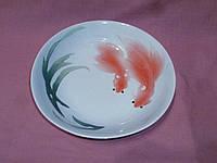 Блюдо глубокое фарфоровое серии Золотые рыбки 20,7 см