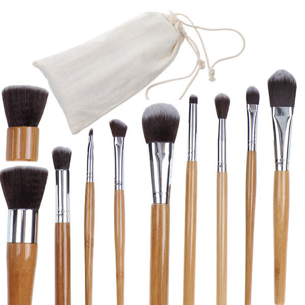Кисти для макияжа Everyday Minerals в эко-мешочке