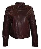 Куртка женская с воротником-стойка.