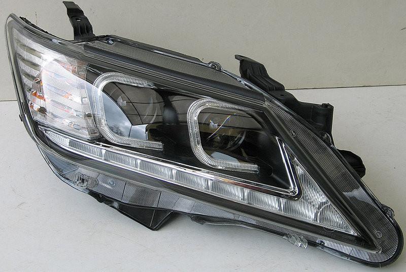 Передние Toyota Сamry V50 альтернативная тюнинг оптика фары тюнинг-опт