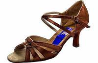 Туфли для танцев  женские Латина сатин бежевый, черный в наличии.