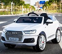 Детский электромобиль Audi Q7 M 3231 EBLR-1, мягкое кожаное сиденье, белый