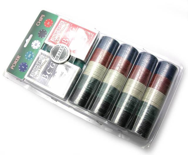 Покерный набор - 2 колоды карт, 200 фишек, сукно для покера