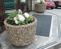 Вазон из бетона для цветов Орион по технологии мытый бетон