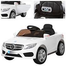 Дитячий електромобіль Mercedes M 2772 EBR-1 білий, м'які колеса і амортизатори