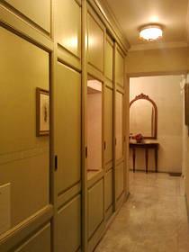 Двері та фасади для меблів з натурального дерева