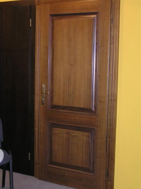 Двери деревянные клен ясень