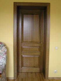Двері дерев'яні в офіс на замовлення