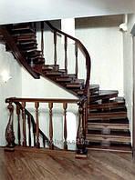 Винтовые лестницы из натурального дерева