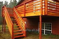 Лестницы уличные из натурального дерева и дешевого дерева