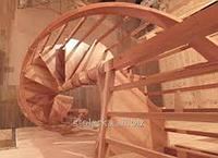 Лестницы винтовые уличные из натурального дерева, массива