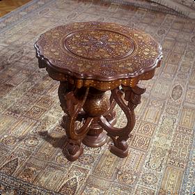 Столи дерев'яні декоративні на замовлення