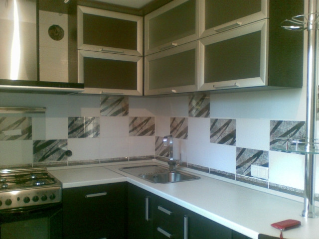 Стол для кухни на заказ Киев