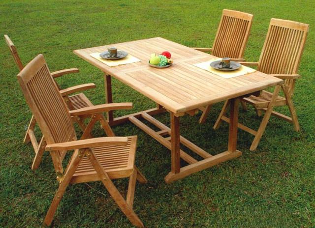 Столы в сад из натурального дерева