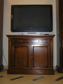 Тумбочка під телевізор на замовлення