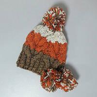 Женская шапка с бубонами