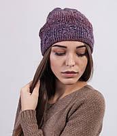 Красивая женская вязаная шапка из меланжевой пряжи