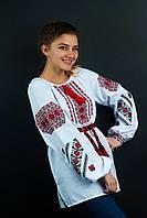 Очень красивая женская вышиванка в красной гамме
