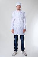 Короткий мужской медицинский халат на пуговицах