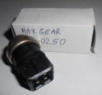 Датчик температуры охлаждающей жидкости  DUSTER 1,5DCI.Производитель. Maxgear.
