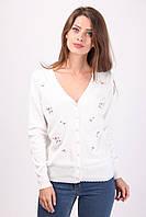 Стильная женская кофточка белого цвета на пуговичках