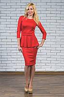 Платье с баской красное