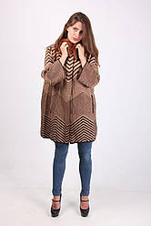 Модное женское пальто коричневого цвета