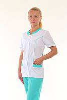 Красивый женский медицинский костюм с коротким рукавом