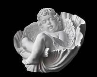 Ангелочек на памятник в ракушке из искусственного мрамора - 37 см